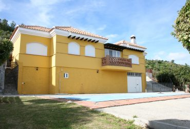 For sale country house in Cantalobos